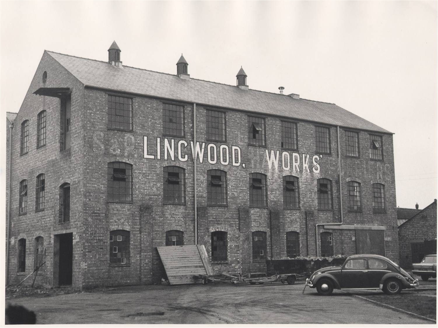 Lingwood fur procesing factory